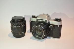 Той самий фотоапарат, якому Євген завдячує своє захоплення