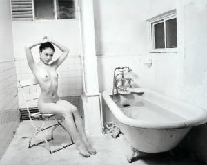 Фото оголеної. Нобуйосі Аракі. Майстри фотографії