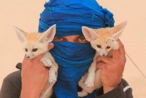 Портрет чоловіка з лисицями. Автор - тревел фотограф Євген Рафаловський