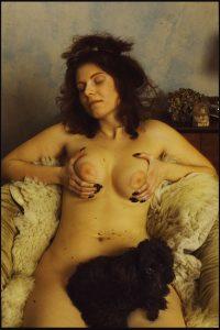 Оголена жінка. Жанр НЮ.