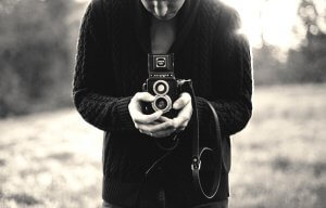 Чоловік з фотоапаратом