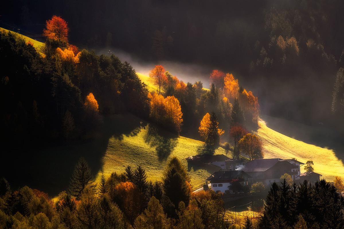 Гори. Осінь. Світло