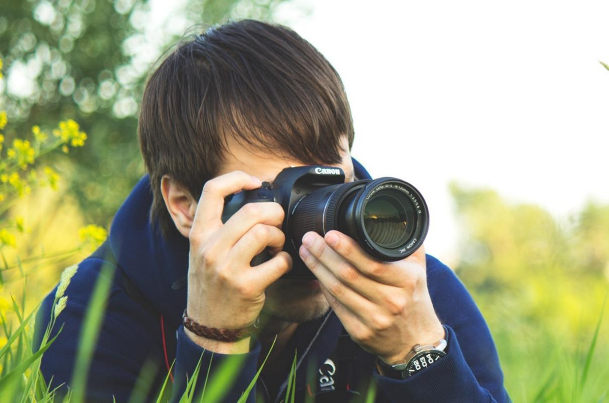 Фотограф під час роботи