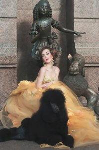 Дівчина з собакою. Ольга Кушнір