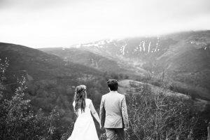 Весільна фотосесія в горах