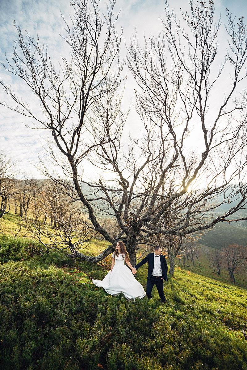 Фотозйомка наречених на природі