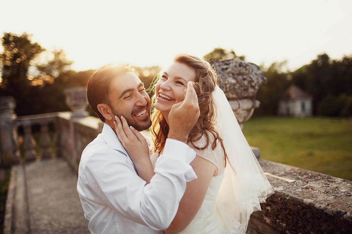 Усміхнені наречені