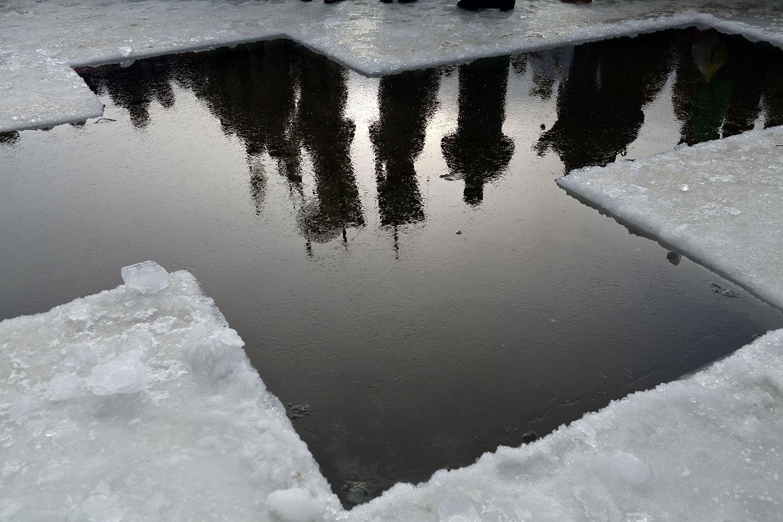 Хрест з льоду