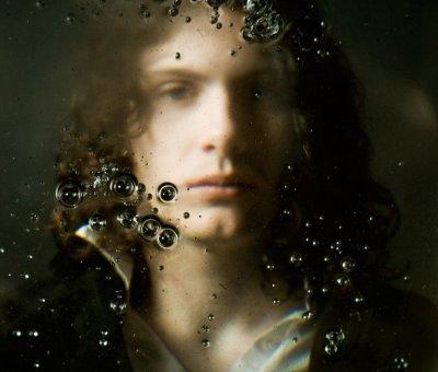 Художній портрет хлопця
