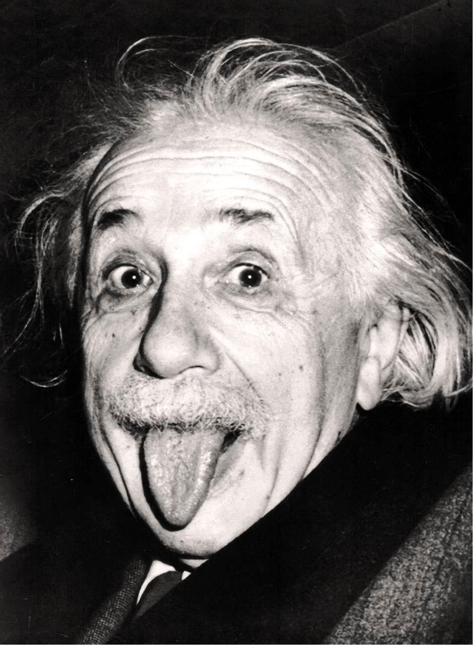 Альберт Енштейн