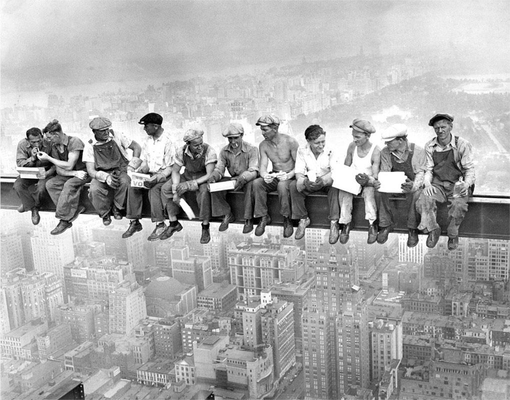Будівельники на хмарочосі
