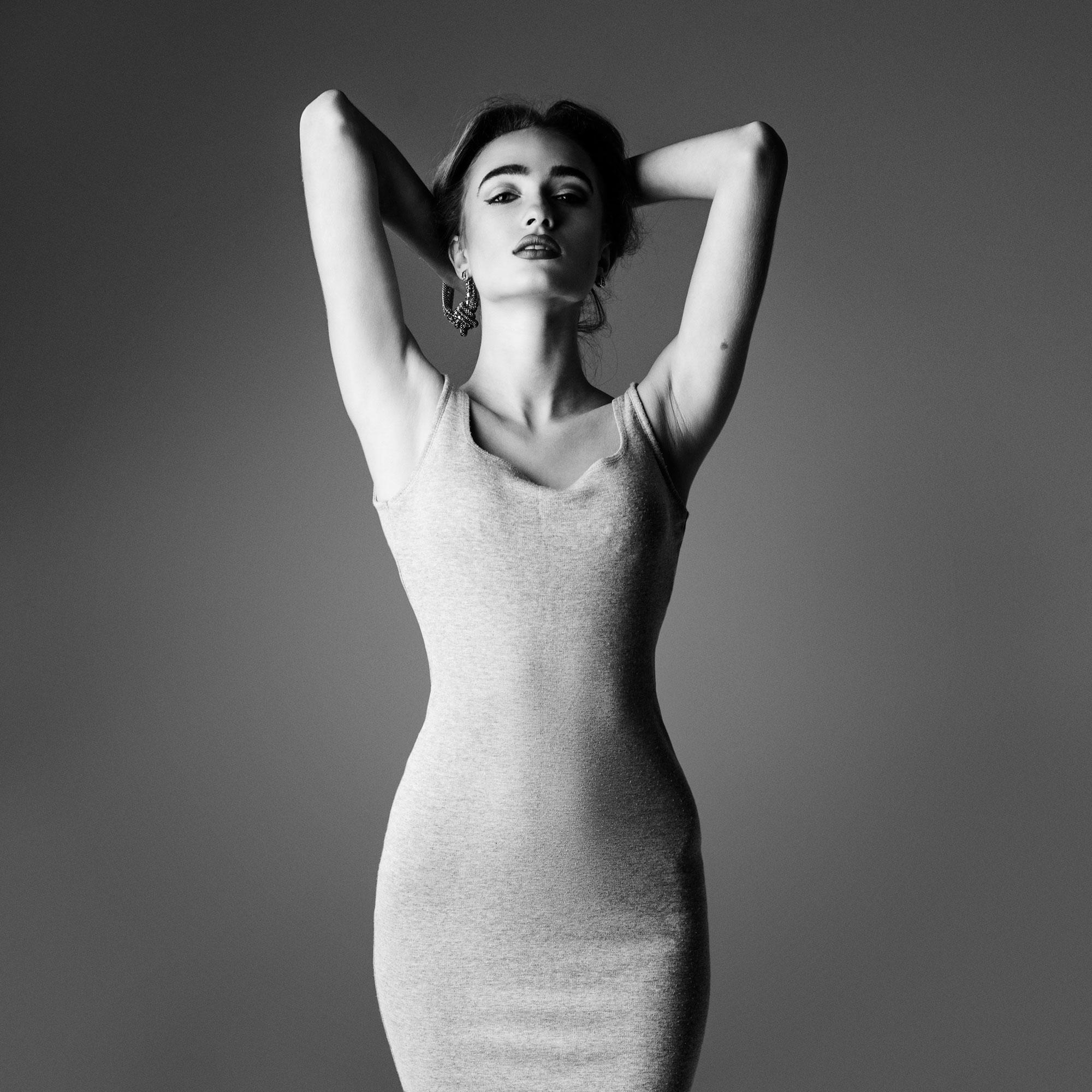 Фото жіночої фігури